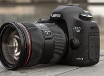 Is the DSLR the best for online video?